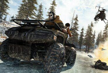 Postać z Call of Duty: Warzone jadąca na quadzie