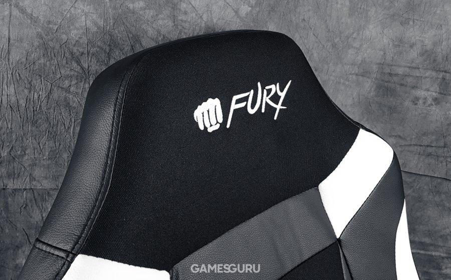 Zagłówek z logiem Fury