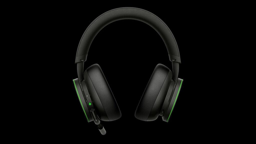 Prezentacja słuchawek bezprzewodowych Xbox z widokiem na tył