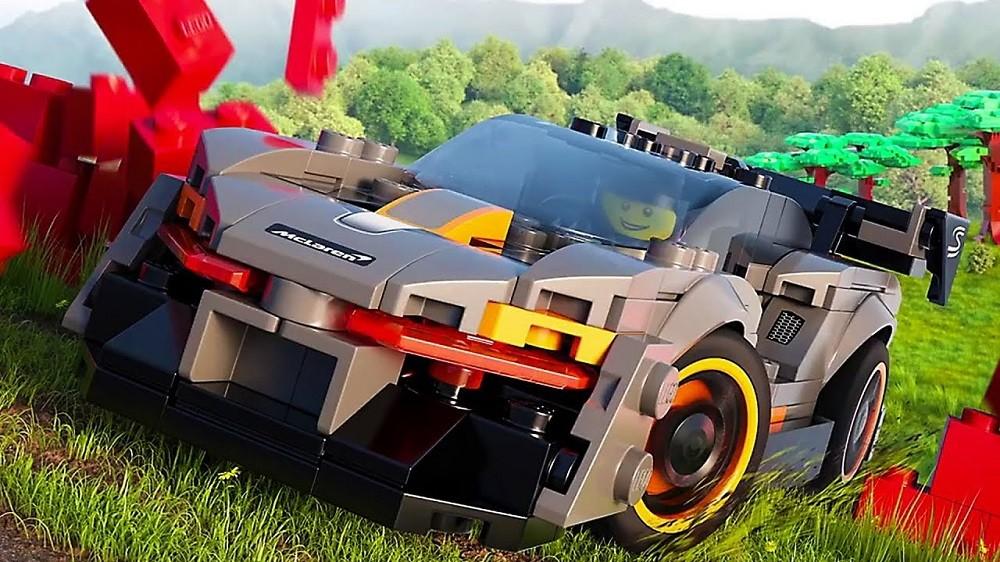 Forza Horizon 4 zaliczyła również przygodę z duńskim klockami Lego