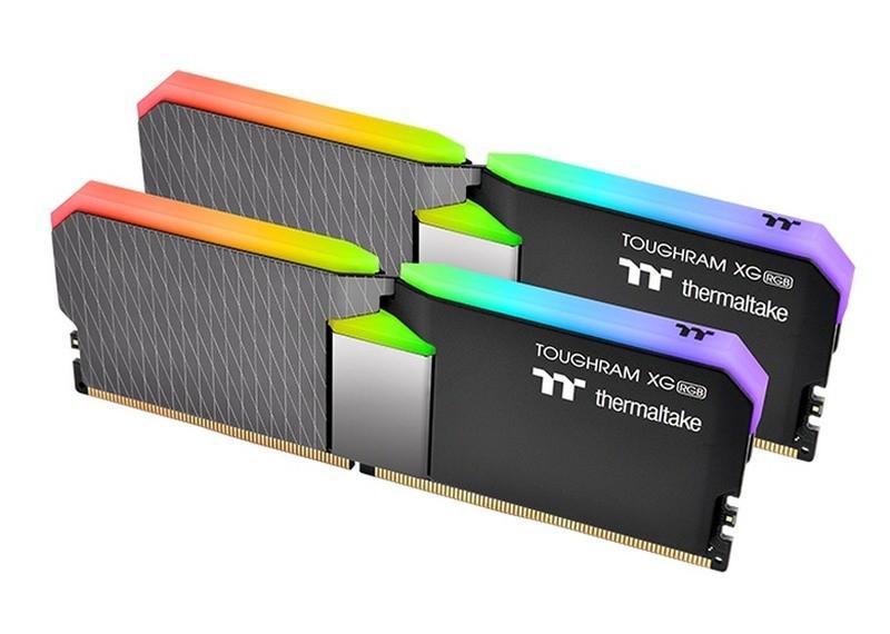 Dwa moduły pamięci RAM