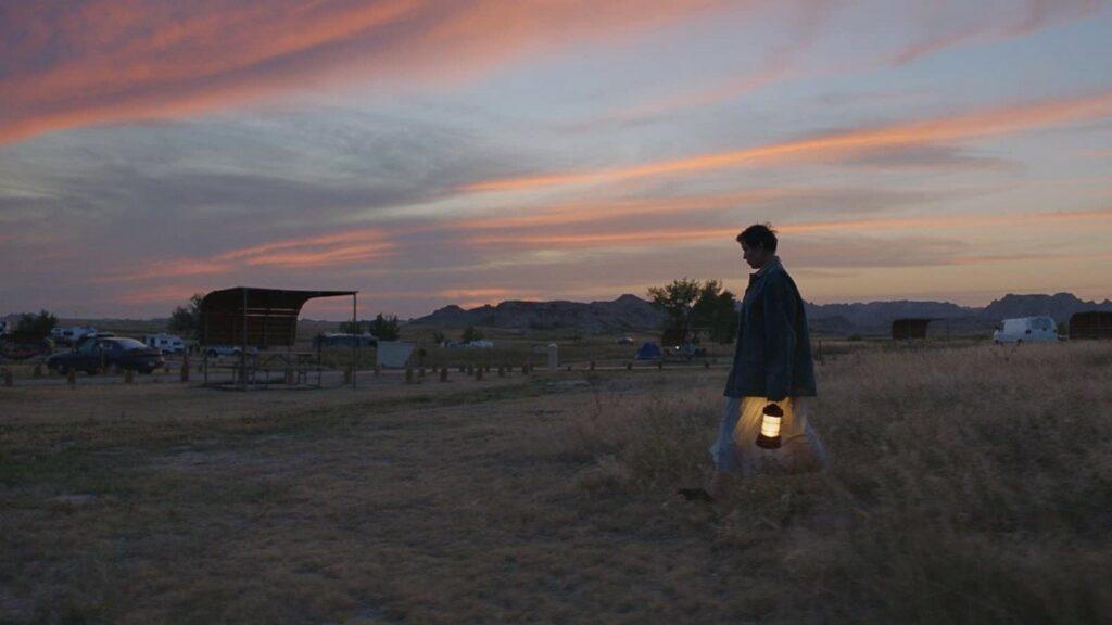 Frances McDormand w Nomadland