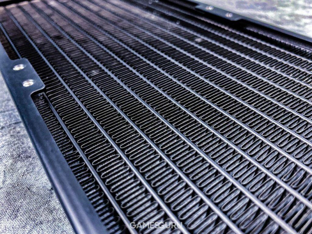 Użebrowanie odpromiennika ciepła