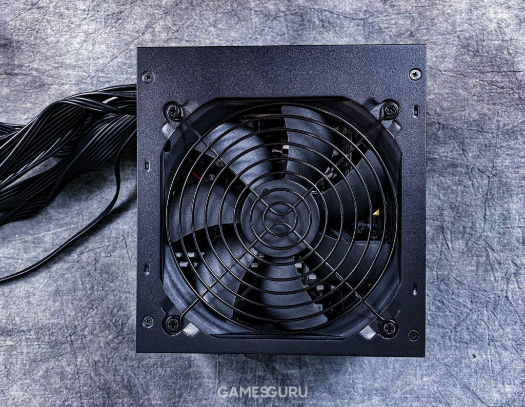 Test Cooler Master MWE 750 Bronze V2 - wentylator zasilacza