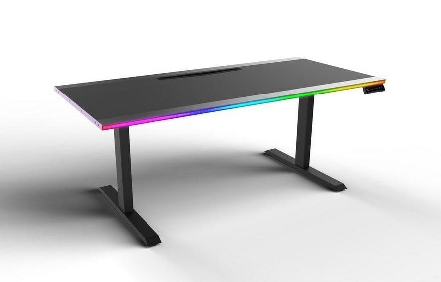Nowe biurko Cooler Master
