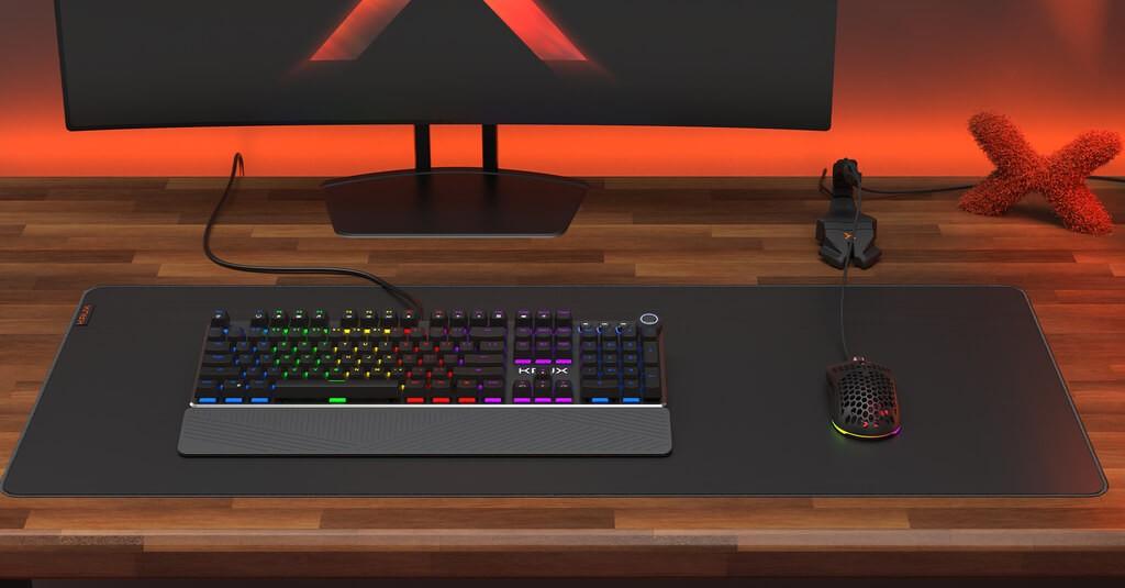 Klawiatura KRUX Crato RGB na biurku