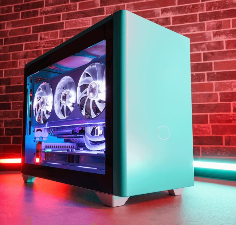 Obudowa Cooler Master NR200P w zestawie PC